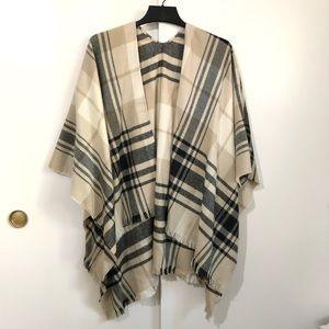 Banana Republic cozy plaid shawl wrap